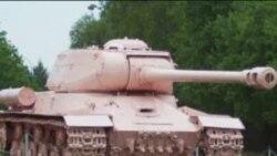 """""""Розовый танк"""" как символ крушения мифа"""