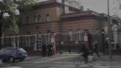 Берлинда Ўзбекистон элчихонаси олдида қийноқларга қарши акция ўтказилди