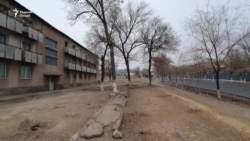 На севере Таджикистана жители многоэтажек устанавливают в квартирах «буржуйки»