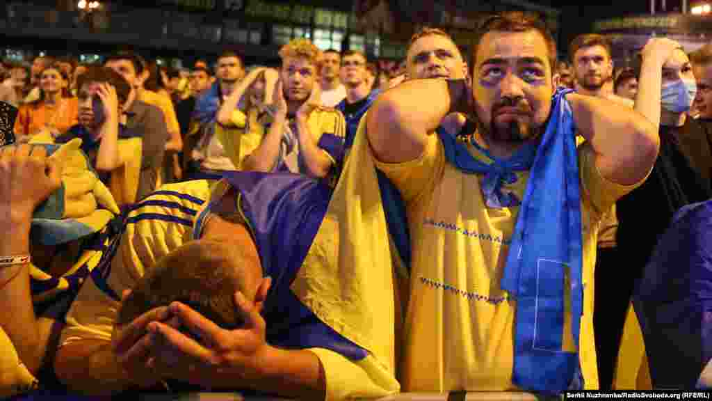 Четвертий гол залітає у ворота збірної України