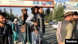 Боевики «Талибана» на улицах Кабула, столицы Афганистана (иллюстративное фото)