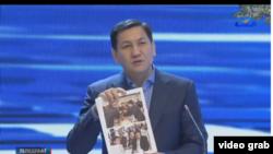 Абдил Сегизбаев телетаймаш учурунда.
