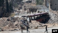 Сирийские военные на подступах к Алеппо