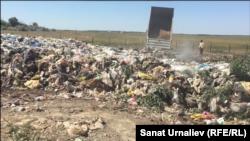 Полигон твердых бытовых отходов близ Уральска. Июль, 2018 года.
