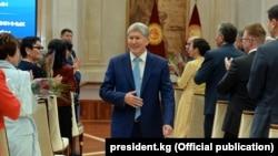 Президент Кыргызстана Алмазбек Атамбаев. Бишкек, 6 октября 2017 года.