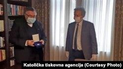 Kardinal Vinko Puljić i zamjenik gradonačelnika SarajevaMilan Trivić