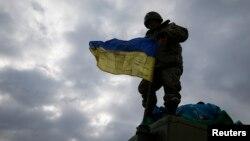 Дебальцеводон чыгарылган украин жоокер, 19-февраль, 2015-жыл