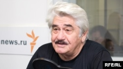 Олег Хабалов
