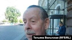 """Соредактор журнала """"Звезда"""" Яков Гордин"""