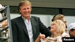 Дональд Трамп со своей бывшей женой Иваной. Сентябрь 1997 года.