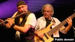 Концерт группы Jethro Tull. Ян Андерсон (на фото слева)