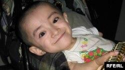 Уалихан Сериккалиев, который страдает от последствий ядерных испытаний на Семипалатинском полигоне. Семей, октябрь 2009 года.