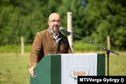 Kovács Zoltán, a Miniszterelnöki Kabinetiroda nemzetközi kommunikációért és kapcsolatokért felelős államtitkára, Darvaspusztán 2020. július 13-án