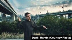 «Якщо я захочу отримати роботу, звичайно, ніхто мене не найме», – каже 19-річний російський студент Данило Маркін