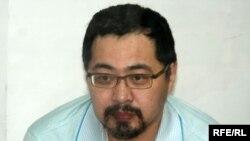 Ермек Нарымбаев, оппозиция белсендісі. Алматы, 21 маусым 2010 жыл