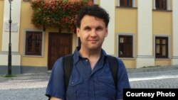 Maksim Yefimov, a 35-year-old blogger, fled to Estonia.