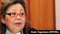 Судья Алматинского городского суда Кульпаш Утемисова, председательствующая на апелляционном суде по делу об убийстве кыргызского журналиста Геннадия Павлюка. Алматы, 18 января 2012 года.