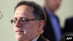 رییس بانک مرکزی ایران میگوید که تهران برای دسترسی به داراییهای مسدود شدهاش همچنان با مشکلاتی روبرو است.
