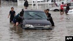 في شوارع بغداد