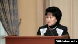 Загипа Балиева в бытность министром юстиции Казахстана.