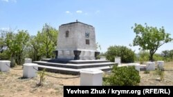 Памятник воинам 365-й батареи