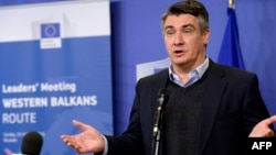 Foerm Croatian Prime Minister and Social Democratic Party leader Zoran Milanovic did his best to pour cold water on the spy affair. (file photo)