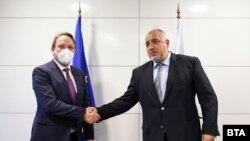 Председателят на ГЕРБ Бойко Борисов се срещна с еврокомисаря по разширяването на ЕС и по съседството Оливер Вархеи