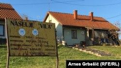 """Kolektivno izbjegličko naselje """"Vila"""" u Tešnju"""