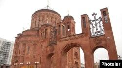 Մոսկվայի նորակառույց հայկական եկեղեցական համալիրը