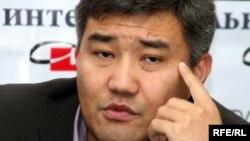 Дархан Калетаев, заместитель председателя партии «Нур Отан», в дискуссионном клубе «Айт парк». Алматы, 3 ноября 2009 года.