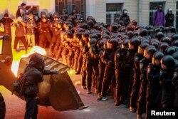 Атака на здание президентской администрации в Киеве 1 декабря 2013 г.