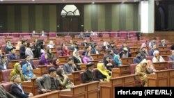 هارون: رئیس جمهور بخاطر تعقیب اصول دموکراسی به این تصمیم شورای ملی احترام میگذارد.