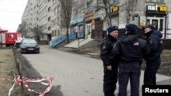 Сотрудники полиции Санкт-Петербурга.