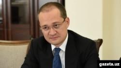 Комил Алламжонов.