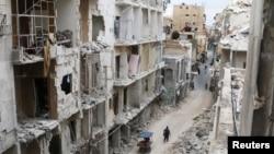 Pamje të një qyteti të shkatërruar nga lufta në Siri.