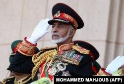 سلطان قابوس در نوامبر ۲۰۱۰