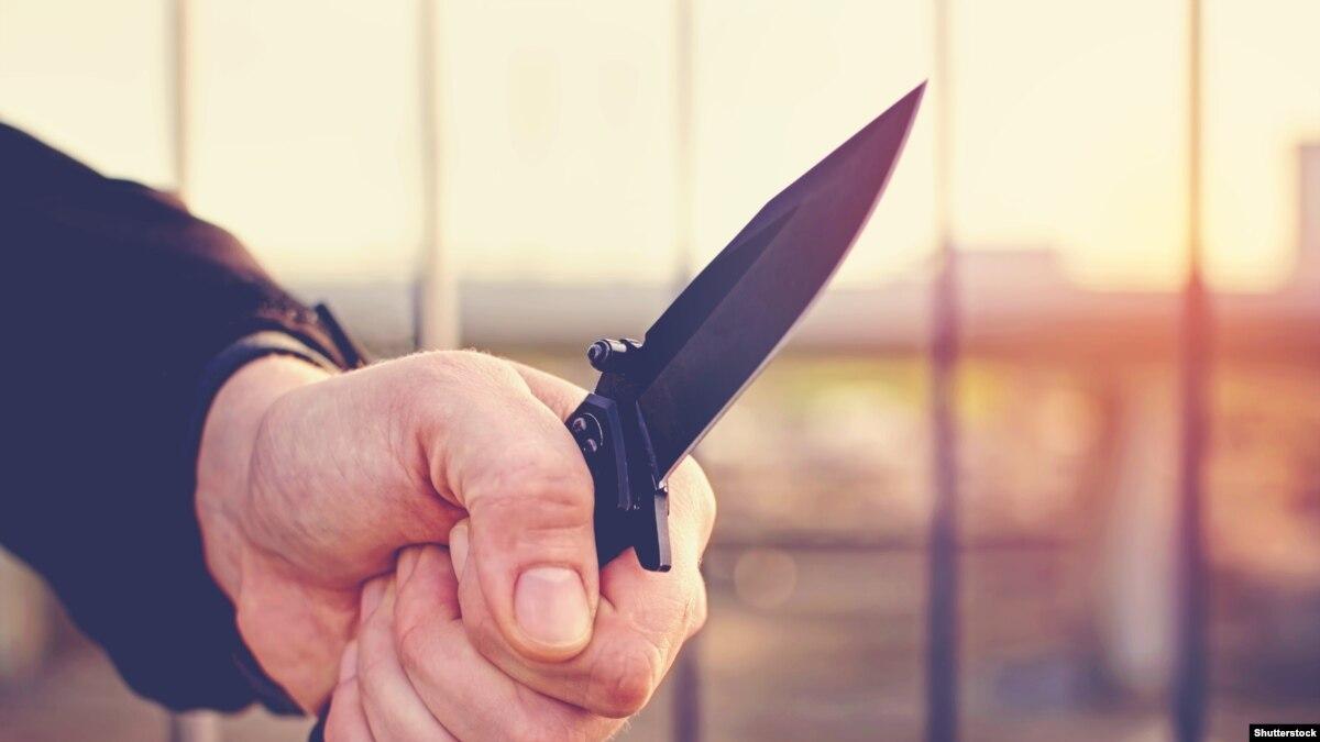 Беларусь: за нападение школьника с ножом погибли учительница и ученик, есть раненые