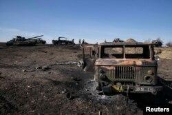 Знищена військова техніка біля Дебальцева. Лютий 2015 року