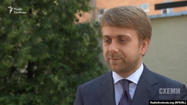 Суддя-спікер Окружного адмінсуду Києва Богдан Санін пояснив відсутність багатьох суддів 17 квітня лікарняними і кваліфоцінюванням