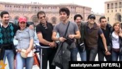Armenia -- Iranian tourists in Yerevan's central Republic Square, 21Mar2011.