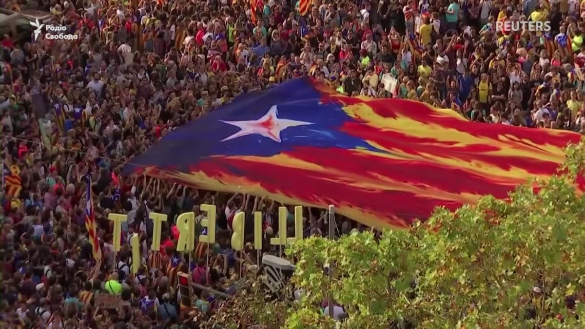 Мирный протест в Барселоне мирным не получился – видео