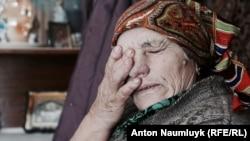 Я ведь его уже не дождусь – мама украинского активиста Балуха (фотогалерея)