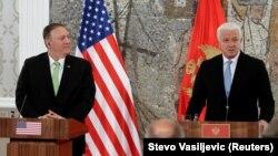 Держсекретар США Майк Помпео (зліва) і прем'єр-міністр Чорногорії Душко Маркович, Подгориця, 4 жовтня 2019 року
