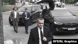 Згаданий охоронець постійно супроводжує керівника Офісу Зеленського