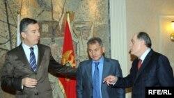 Milo Đukanovic, Sergej Šojgu i Milan Roćen u Podgorici 2009. godine