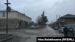 Cегодня, по неофициальной информации из Ленингора, в местной больнице уже зафиксировано два случая заболевания корью детей