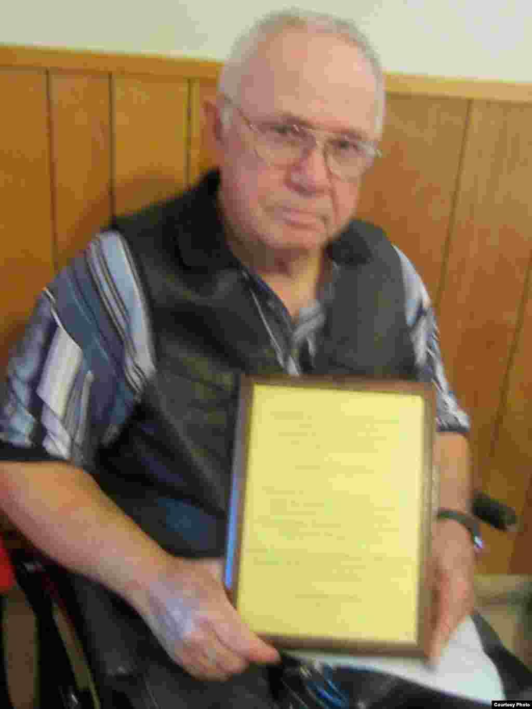 Америка төрек-татар берләшмәсендә 40 елдан артык хезмәт куйган Таһир Дәүләтша