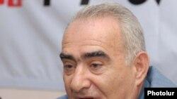Глава парламентской фракции Республиканской партии Армении Галуст Саакян.