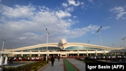 The entrance to the multibillion dollar Ashgabat airport.
