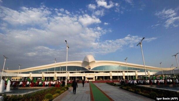 Türkmənistan, Beynəlxalq Aşqabad aireportu,17 sentyabr 2016